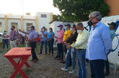 Están en las calles, Heinz Vieluf y Rafael Abel, reciben multitudinario apoyo en Villa Vásquez