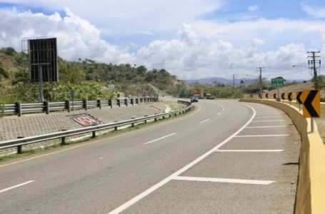 Presidente Danilo Medina entrega carretera Navarrete-Puerto Plata y otras seis obras viales
